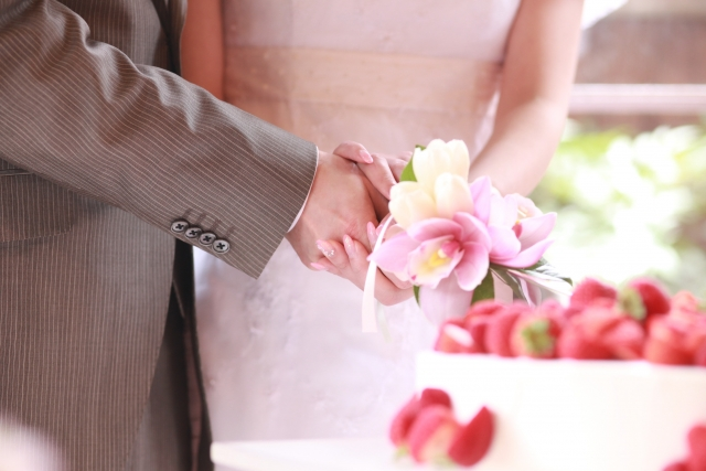 最短結婚ケーキカット